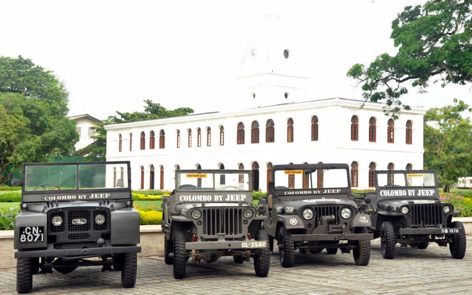 Half Day Colombo City tour by Jeep