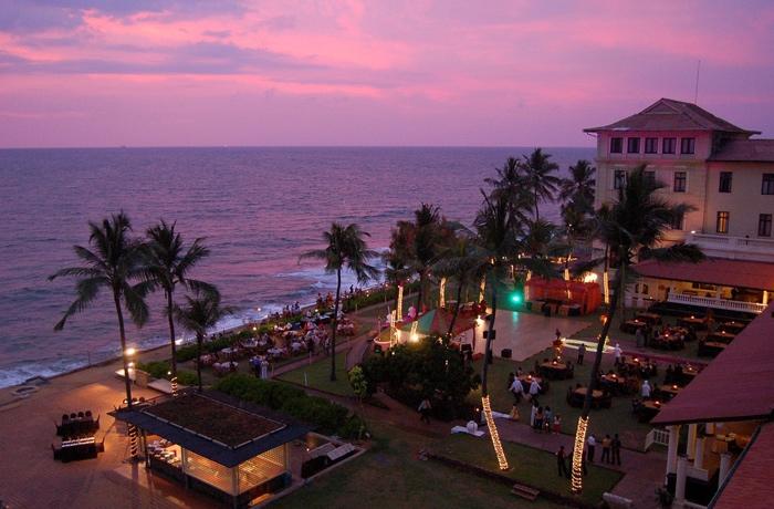 Luxury Colombo Night City Tour