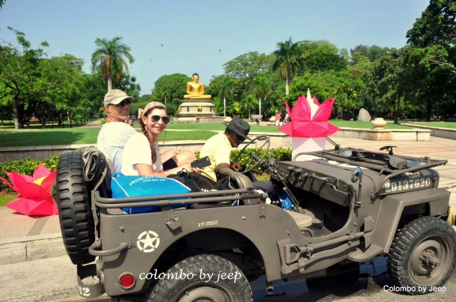 Morning Colombo Classical Jeep Tour